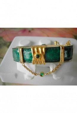 Schmuckarmband mit wunderschönen zauberhaften Aufsteckelementen Motiv Stein grün  je2 Schiebet.  hängender Stein/ Band grün